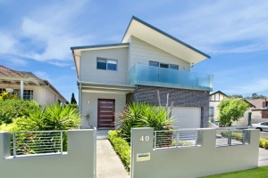 Modern Frontage Creating Curb Appeal